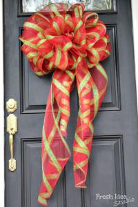 big-DIY-christmas-bow--e1385326053778